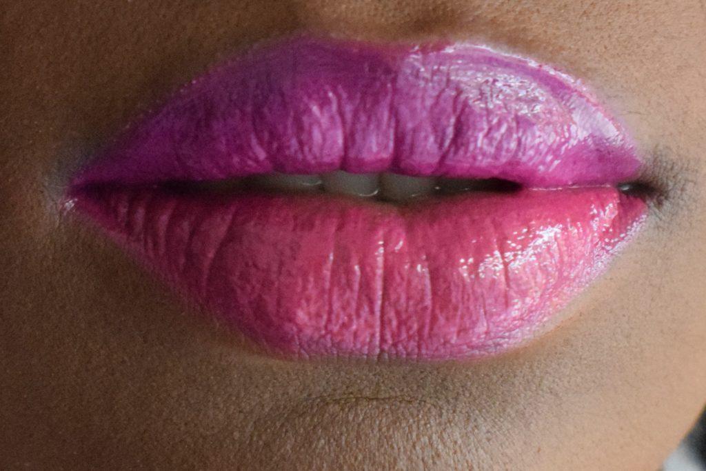 Two-tone lips